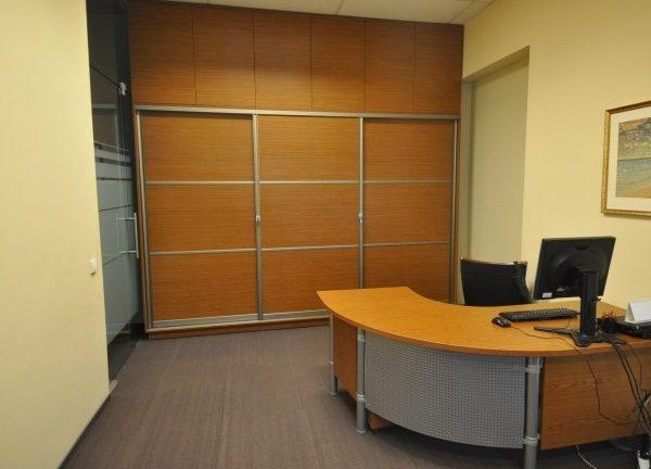 Biuro baldų komplektas