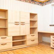 Jaunuolio kambario baldų komplektas