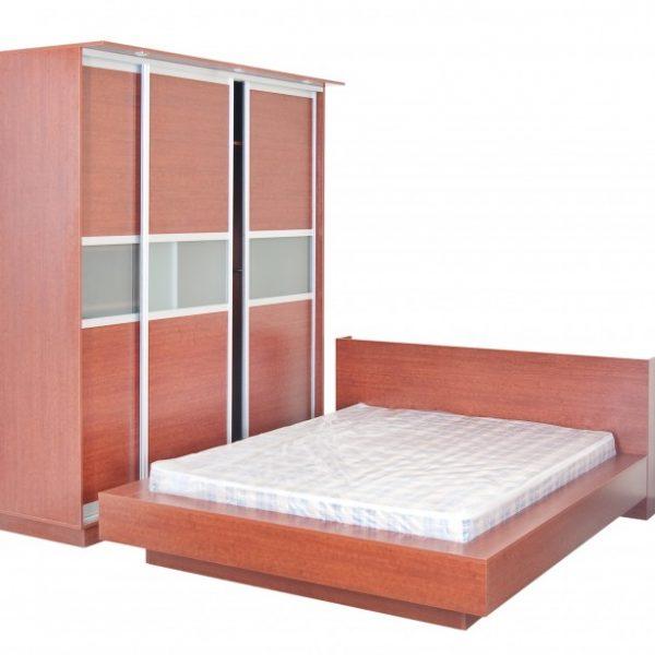 Miegamojo baldų komplektas