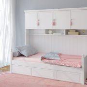 Balta vaikiška viengulė lova